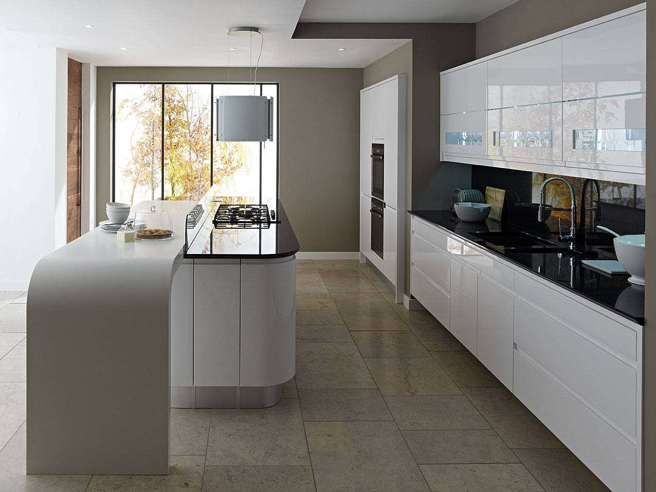 Kitchen Designers Nottingham.  Kitchen Solutions Contemporary Kitchens